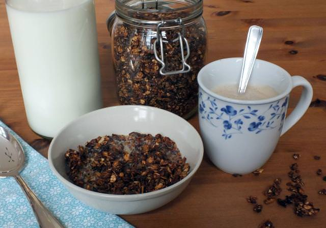 home made granola with honey and nuts on hanna's places