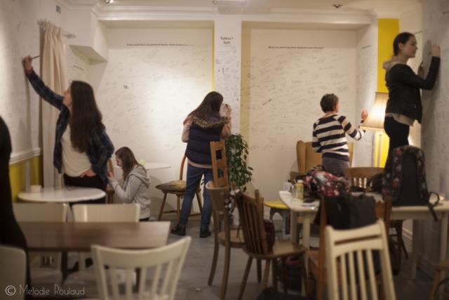 WritingOnTheWallsOfTheCanvas_LondonsFirstHappyCafe_04_03_15