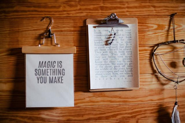 A picture of two lists. One says: Magic is something you make - Hanna's Places via Stocksnap.